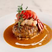 定番のリブから希少部位、シャトーブリアン等種類豊富な肉揃え