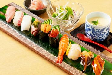 旬素材とシャリのベストマッチ。新鮮なネタを堪能する『上寿司』