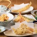 ・本日の小鉢 ・車海老 ・いか ・魚介二品 ・野菜二品 ・穴子 ・口替り ・かき揚げ ・お揃い 又は 天茶漬・小天丼
