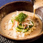 香ばしさ芳ばしさが残る、ごま鯖の風味豊かな冷た~い特製味噌汁を、ご飯にかけて召し上がりください。是非味わって頂きたい一品です!