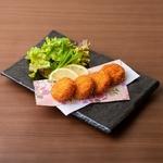 佐賀の名物料理。魚のすり身で作ったコロッケならぬ「魚ロッケ」。 外はサクサク、なかはもちもちです。