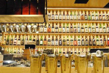 多彩な日本酒を、お好みの量と温度で