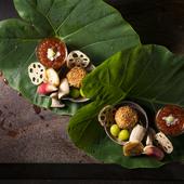 京都の季節の移ろいを、美しい盛り付けで表現する『八寸』