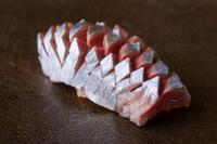 芸術的な佇まいとほどけるような食感を併せ持った『秋刀魚』
