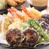 カラッと揚がった旬の魚と野菜『天ぷら盛り合わせ』