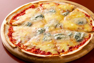ワインにもピッタリ『ゴルゴンゾーラチーズのピザ』