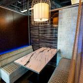 ほっとくつろげる贅沢な空間。プライベート感あふれる半個室