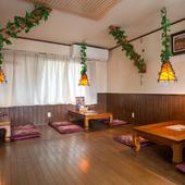 少人数の食事会から宴会まで、居心地の良い座敷席を完備