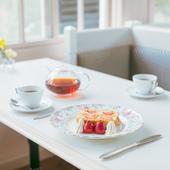 香り高い紅茶とともに、老舗フランス料理店のスイーツを堪能