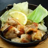 根強いファンをもつ銘柄鶏をシンプルに味わう『丹波地鶏の炙り焼き』
