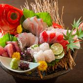 漁師の知人から届く四季折々の旬魚を堪能『お刺身盛り合わせ』
