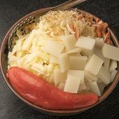 明太子を丸々1本使った、一番人気商品『明太・もち・チーズもんじゃ』