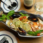 新鮮な旬魚を最後の一滴まで贅沢に味わい尽くせる『アクアパッツァ』
