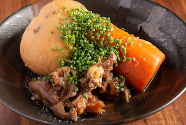 ホッとできる味!素材の味をいかした家庭的で懐かしい味わいが人気の『肉じゃが』