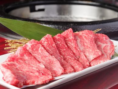 濃縮された強い旨みはまさに肉本来のおいしさ。赤身肉ブームの主役として、注目を集める『赤毛和牛』