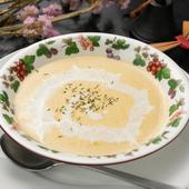コーンが濃厚!自家製ホワイトソースの実力が存分に発揮された『コーンクリームスープ』