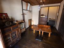 2階個室は4~20名まで利用可能、要予約