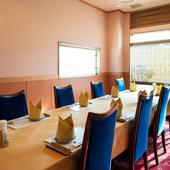 上品かつ洗練された空間で食す伊勢海老料理は、格別のおいしさ