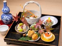 彩り豊かで野菜たっぷりの京のおばんざい『季節の八寸盛り』
