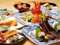 特別な日のディナーに最適。伊勢海老づくしの贅沢なコースが充実