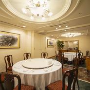 高級感のある空間、お客様へのサービス、全てがホテルならではの高品質。ご接待・ご家族やご友人同士のお食事会、ご両家のお顔合せなどさまざまなシーンにご利用いただけるます。