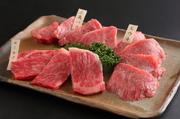 ※金額は内容により変わります。 その日入荷のおすすめの特選赤身肉の盛合せです。