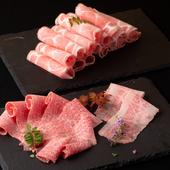 厳選した牛・豚・鶏肉をはじめ、多彩な具材がラインナップ