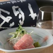 日本酒と相性抜群。コース料理には、鮮魚のお造りが登場