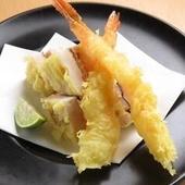 揚げたてサクサク!上品な味わいの『天ぷら各種』