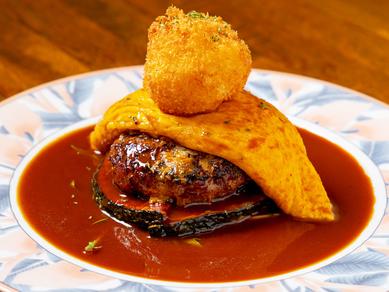 自家製デミグラスソースの『手切りビーフと国産ポークのハンバーグステーキ』