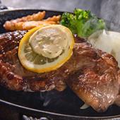 ボリュームたっぷりなアメリカンステーキ『サーロインステーキ』