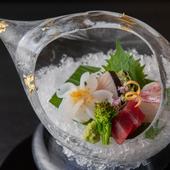 九州特産にこだわり。新鮮な旬魚の『お造り盛り合わせ』