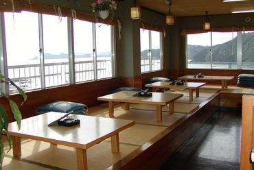 宴会や接待、観光にも使える! 個室お座敷完備の活魚料理の店