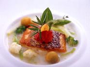 魚料理「真鯛のポワレ」