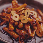ピリ辛な「センポコ鉄板焼き」