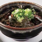海苔ノリノリな肝丼は、ゴキゲン昼酒のアテ