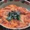 山口県周防大島産の赤ウニを使用したウニ飯(1600円)