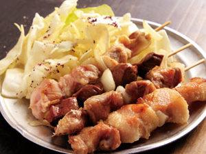 「カシラ」(150円)や「サガリ」(250円)など珍しい焼豚。