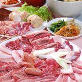 肉25種をはじめ串焼きやスープ、デザートが食べ放題のコースあり