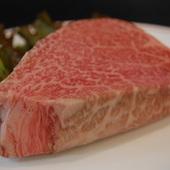 牛ヒレ肉の一番おいしい部位はステーキのように焼いて食べる