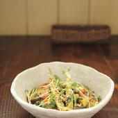島豆腐のスモークとアボカドのヘルシートマトソースパスタ