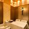 人気の洋風個室のテーブル席。上質な雰囲気を演出してくれる