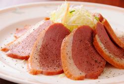 7~8名様分のお料理をお出しして、合計9920円(税込)のお得なコースです。