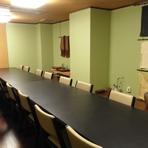 テーブルと椅子のお部屋をご用意しました