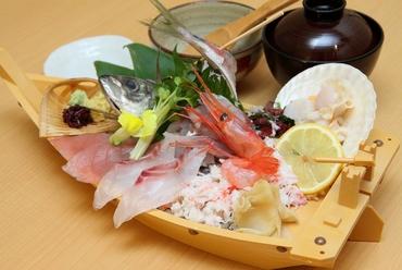 海鮮ひつまぶし(茶碗蒸・味噌汁付)