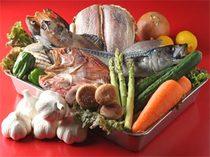たっこのニンニク、八戸直送の鮮魚など新鮮素材を楽しめます