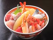 新鮮な魚介が豊富に乗っています。ネタはその日のおすすめが乗りますので毎日食べても飽きない(!?)
