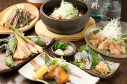 鮪、ローストビーフ、雲丹、旬魚に鴨、お料理が一層充実でゆったり3時間♪大人のご宴会向けコースです!