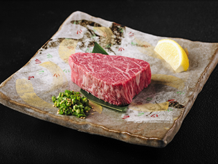 肉本来のうま味。「宮崎牛」専門店ならではのこだわりの牛肉