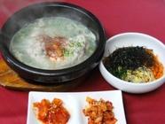 特製参鶏湯(半羽)&ハーフビビンバ(白菜キムチ・カクテキ付)